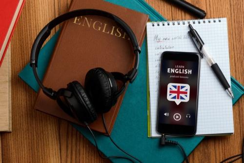nauka-angielskiego-z-podcastami
